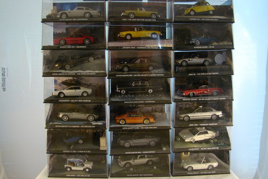 CAR-COLLECTION-JAMES-BOND-Collertor-Items