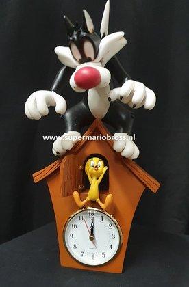 SYLVESTER-&-TWEETY-Looney-Tunes-Warner-Bros-Cartoon-Polyresin-Sculpture