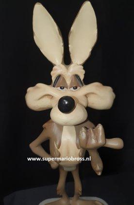 WILE-E.-COYOTE-ROADRUNNER-Looney-Tunes-Warner-Bros-Polyresin-Cartoon-Sculpture