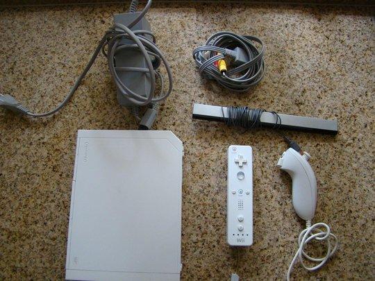 Nintendo-Wii-Game-Console-Used-Spelcomputer--Wii-gebruikt-systeem