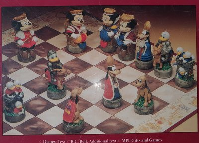 Disney Old England Chess Set 1980 - rare to Find Bord Spel - Gezeldschapspel Collectible Used