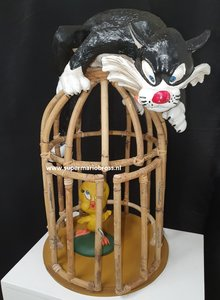 Sylvester & Tweety in Bamboo Cage 45cm High 1998 Looney Tunes Decoration In Box not original