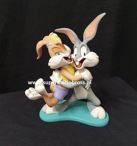 Bugs Bunny & Lola Bunny Happy - Looney Tunes Polyresin Comic Cartoon sculpture David Kracov Gallery 20cm hoog New