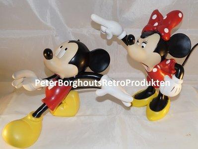 Mickey & Minnie Quarrelling 25cm High Walt Disney Collectible Statue polyresin Used no Box
