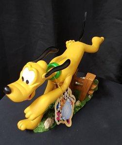 Pluto Classic Running Statue 33cm High - Walt Disney Original sculpture Boxed