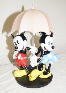 Mickey & Minnie in the rain - Walt Disney Mickey with Umbrella 20cm Nieuw Boxed Cartoon Figure