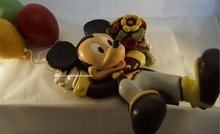 Mickey Mouse hanging on Balloons - Nieuw