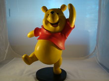 winnie the Pooh Statue - deco beeldje