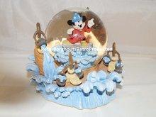 Mickey Fantasia  Snowglobe - Disney Socerer Apprentice - Mickey waterglobe