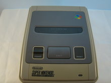 Super Nintendo Console ( Snes )