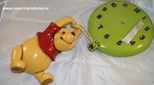 Winnie the Pooh, Up to the Honny Tree klok - Disney Winnie Polyester deco beeld