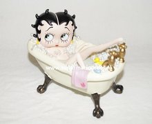 Betty Boop Bath Tub - Betty Boo In Bad Decoratiebeeldje Boxed