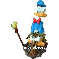 Donald Weeding - Disney Donald Duck Garden Statue - Used Donald Duck Figurine