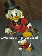 "Disney Large Scrooge Mc Duck 20 "" Tall Statue - Dagobert Duck with Suitcase"