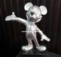 Extremely Rare! Walt Disney Mickey Mouse Silver Cast Member Award Figurine Statue,