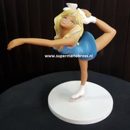 colombe patineuse statue