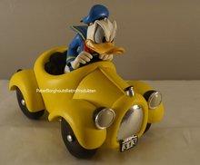 Donald Duck in Yellow Car - Disney Decoratie- Beeldje