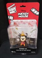 disney Mickey 90th anniversary Robinhood mickey